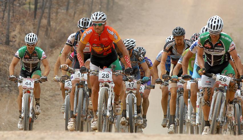Alimentation pour cyclistes : les 5 règles fondamentales