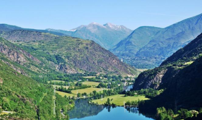 Vistas del Vall dÀneu, donde transcurre Esterri d'Àneu